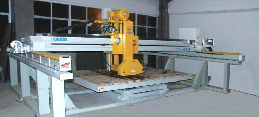 lazer-bridge-cutting-machine-plc350400600-